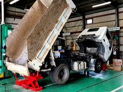 トラック用リフト保有